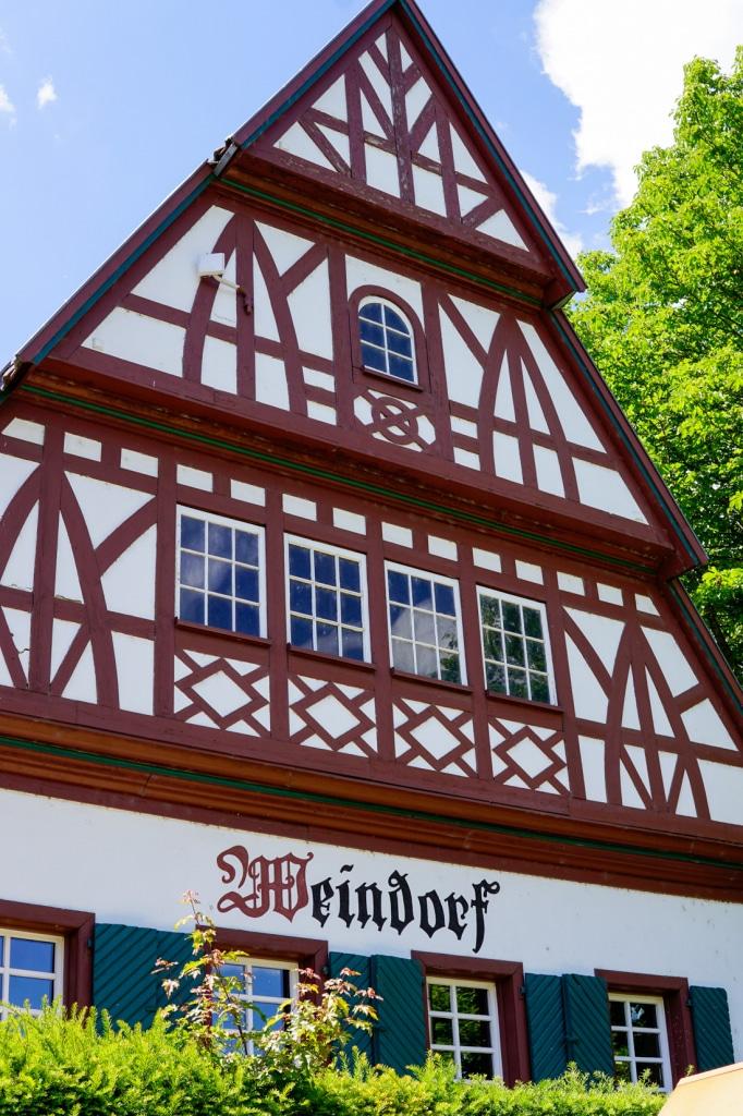 fachwerkhaus-weindorf