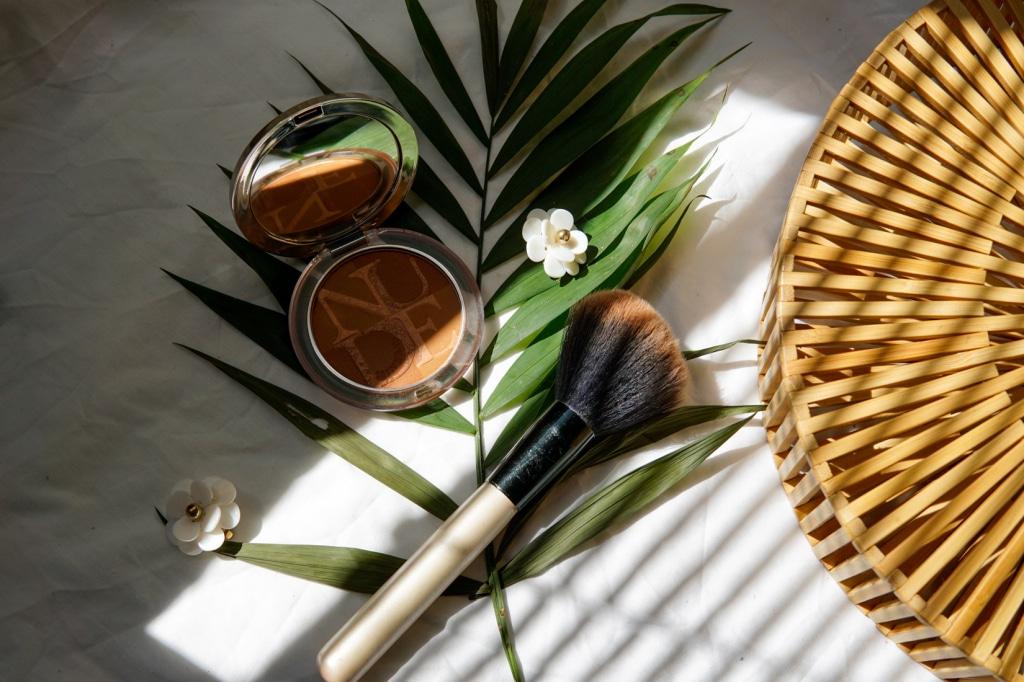 bronze powder beauty produkt